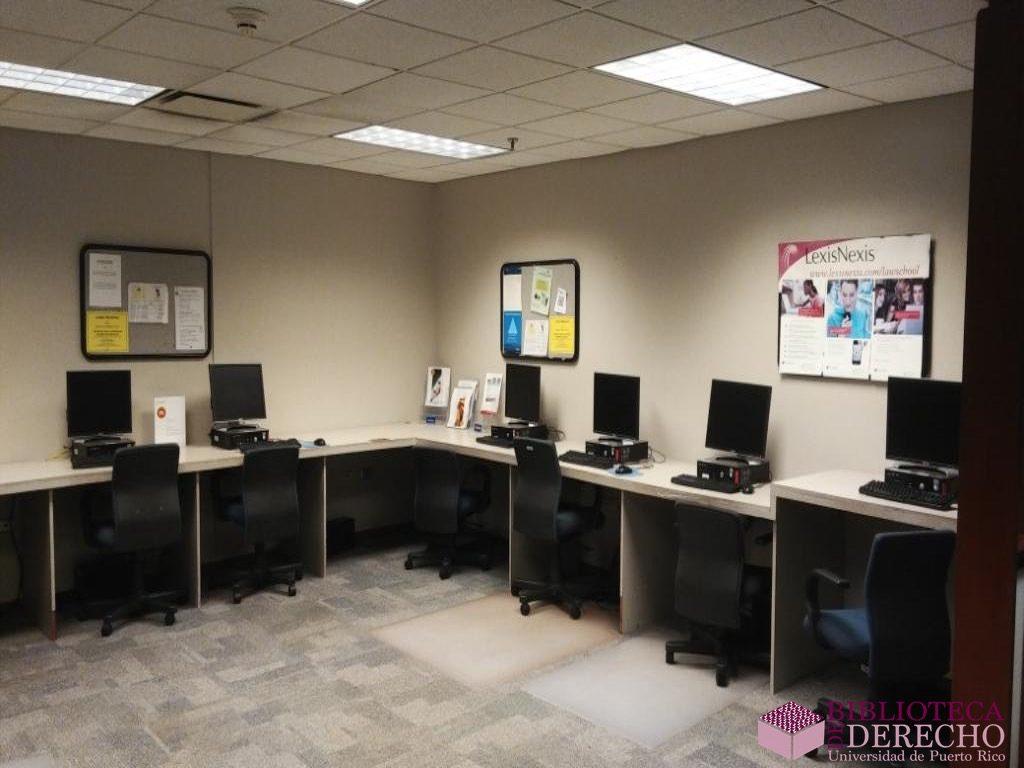 Facilidades de la Biblioteca de Derecho de la UPR 024