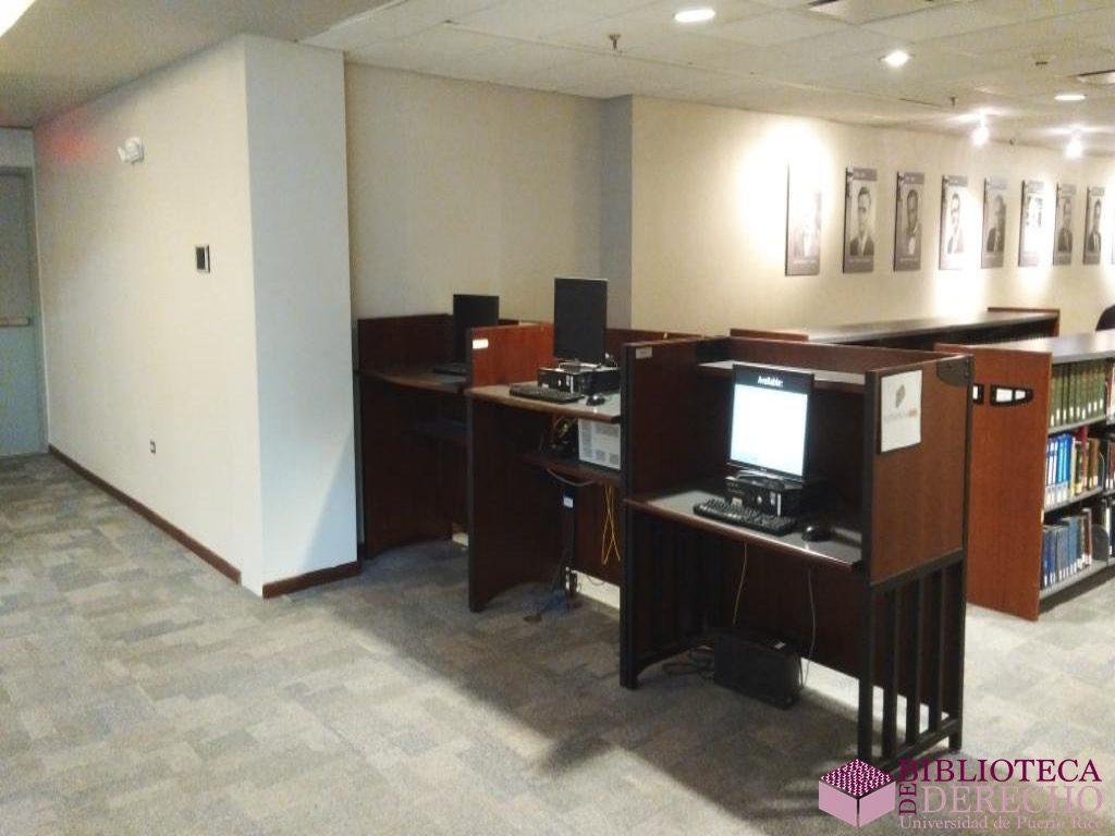 Facilidades de la Biblioteca de Derecho de la UPR 025