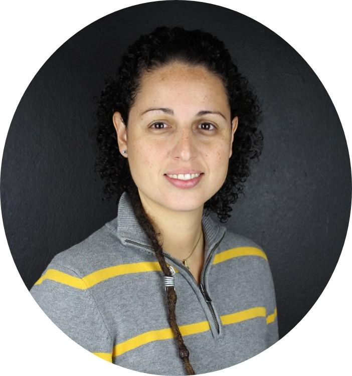 Foto de la Profa. Alana Rodríguez