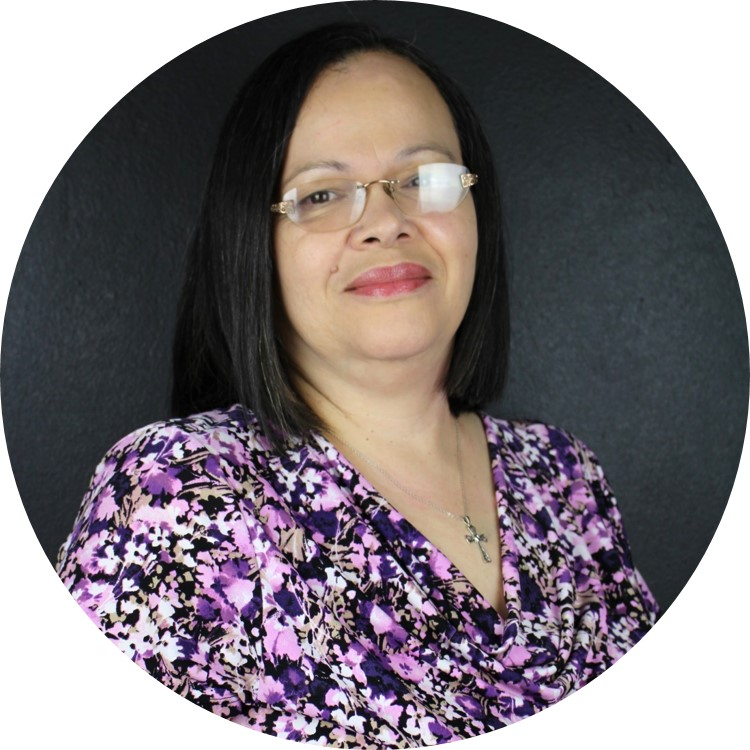 Foto de la Profa. Nellie Vázquez