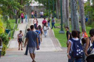 Estudiantes UPR