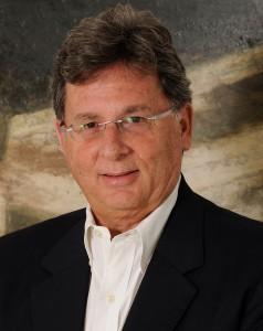 Dr. Carlos Pérez Díaz
